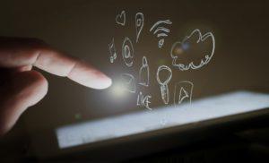 community management strategie digitale paris